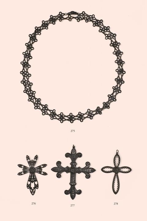 Neogotischer Kreuzanhänger -