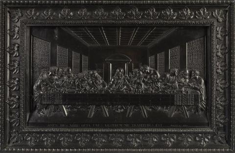 A large cast iron relief plaque with the Last Supper after Leonardo da Vinci -