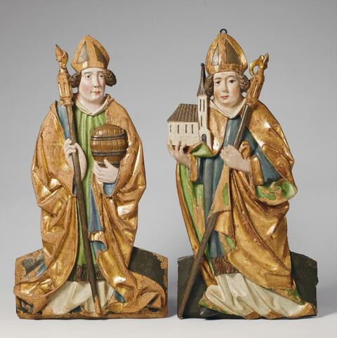 Swabia, second half 15th Century - A PAIR OF SWABIAN CARVED WOOD HIGH RELIEF FIGURES OF BISHOPS