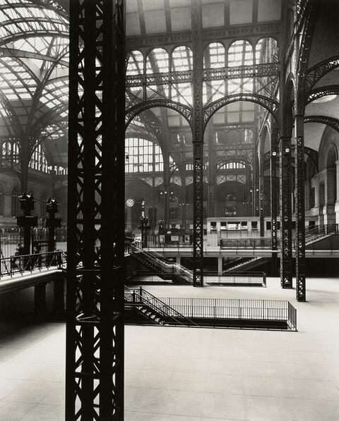 Berenice Abbott - Pennsylvania Station Interior #3, New York