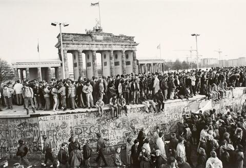 Barbara Klemm - Fall der Mauer, Berlin 10. November 1989