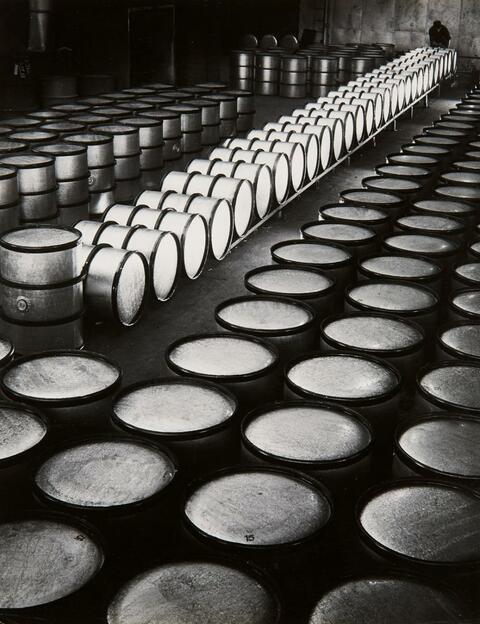 Ludwig Windstosser - Fässer (Barrels)