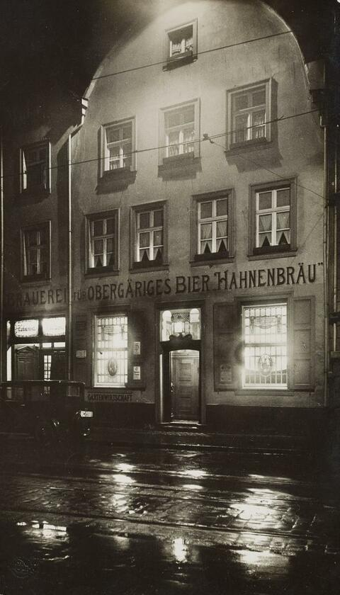 August Sander - Ohne Titel (Hahnenbräu)