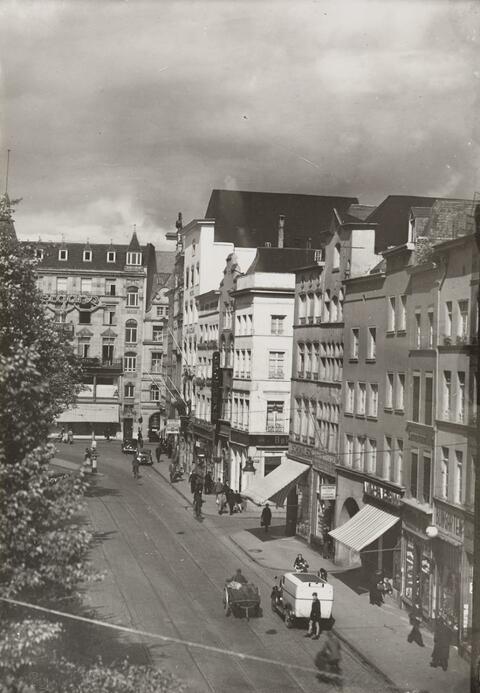 August Sander - Alter Markt