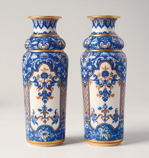 Paar historistische Vasen -