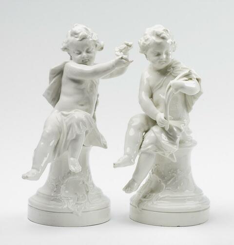 Zwei Putti aus dem Kronleuchter für das Neue Palais -