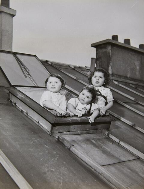 Robert Doisneau - Les enfants de Salkhazanoff, Paris