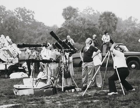 NASA - Photographers adjust equipment in preparation to record Skylab 3 liftoff