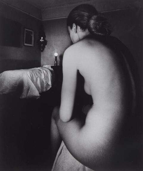 Bill Brandt - Nude, Campden Hill, London