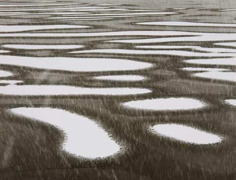 Peter Keetman - Schnee-Inseln