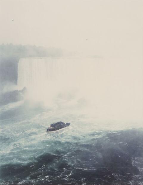 Andreas Gursky - Niagara falls