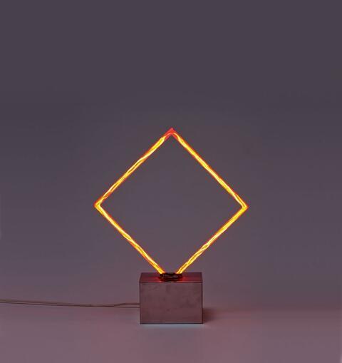 François Morellet - Carré néon rouge avec verre pilé