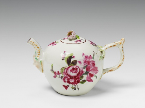 A small Berlin KPM porcelain teapot after a Gotzkowsky model. -