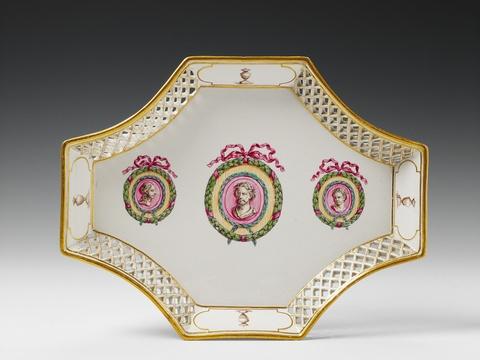 A Höchst porcelain neoclassical platter. -