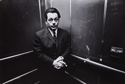 Heinrich Riebesehl - 1/10/69 (aus der Serie: Menschen im Fahrstuhl) [1/10/69 (from the series: people in elevator)]