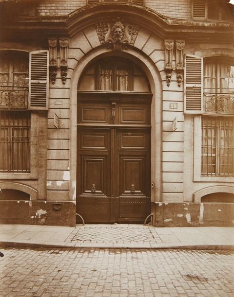 Jean Eugène Auguste Atget - 20 rue de Grenelle, Paris