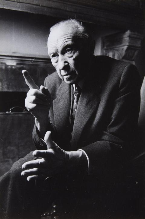 Will McBride - Konrad Adenauer im Gespräch mit Udo Wüst in Cadenabbia
