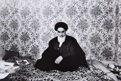 Robert Lebeck - Ayatollah Khomeini im Pariser Exil