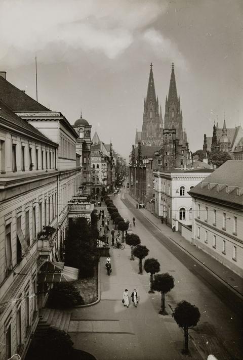 August Sander - Zeughausstraße
