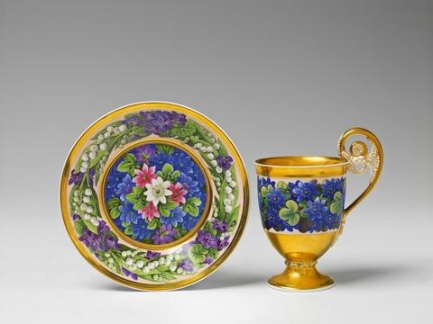 Große Tasse mit Frühlingsblumen -