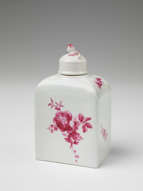 Teedose mit Purpurblumen -