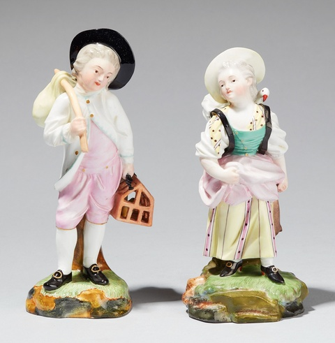 A pair of Höchst porcelain figures of children at the market -
