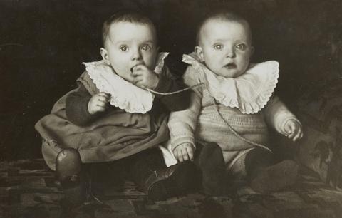 August Sander - Untitled (Twins)