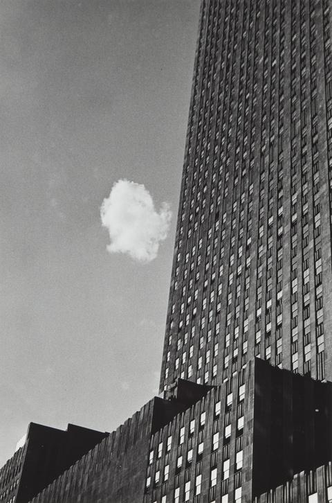 André Kertész - Lost Cloud, New York