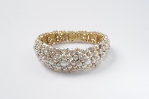 Cocktail-Armreif mit Perlen -