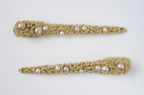 Paar Haarspangen mit Perlen -