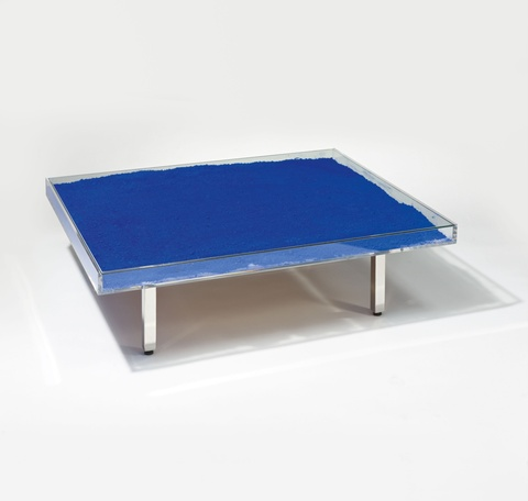 Yves Klein - Table Bleue
