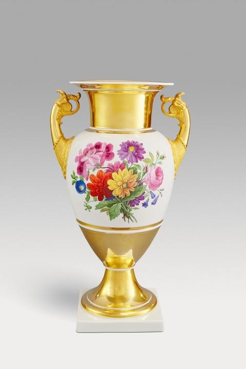 Paar Vasen mit Blumensträußen -