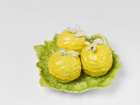 Seltenes Schaugericht mit Zitronen -