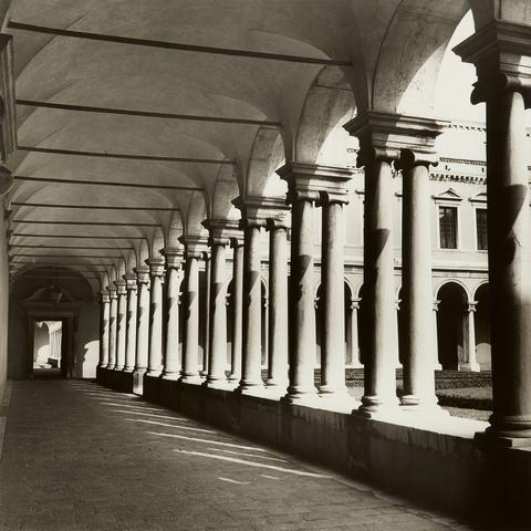 Erika Kiffl - Venedig, Klostergang. Venedig Salinas