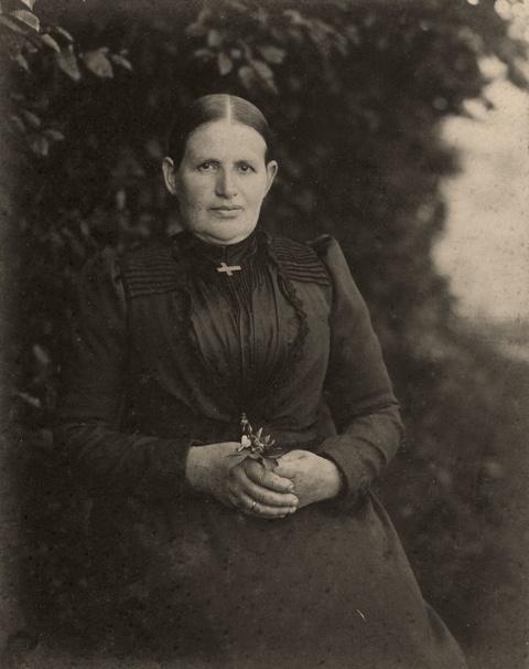 August Sander - Portrait einer jungen Frau