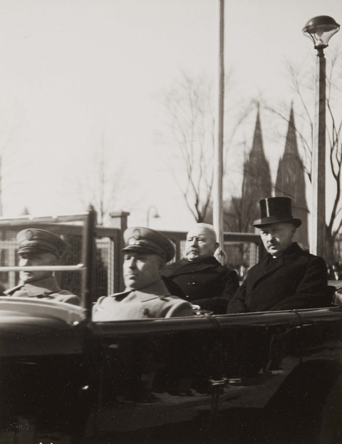 August Sander - Präsident Paul von Hindenburg und Oberbürgermeister Konrad Adenauer