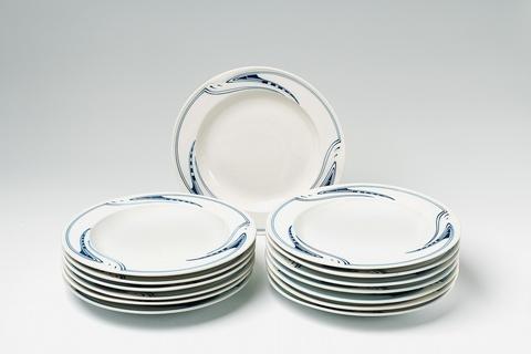Fourteen Meissen porcelain soup bowls designed by Henry van de Velde -