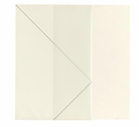 François Morellet - Traçage d'une diagonale sur un carré de calque et pliage vertical au 1/3