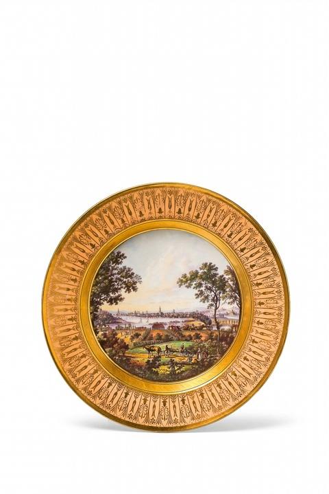 """Teller """"Ansicht von Potsdam vom Glienicker Berg."""" -"""