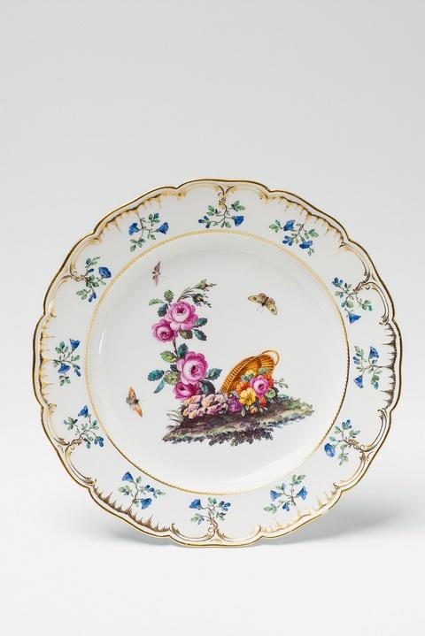 Teller aus dem Tafelservice für Schloss Charlottenburg -