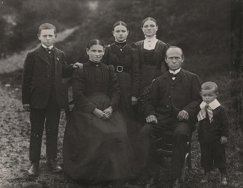 August Sander - Familienportrait