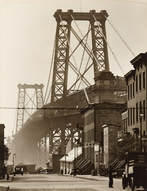 Berenice Abbott - Williamsburg Bridge from South 8th and Berry Streets, Brooklyn