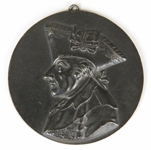 Porträtmedaillon Friedrich des Großen mit Dreispitz -