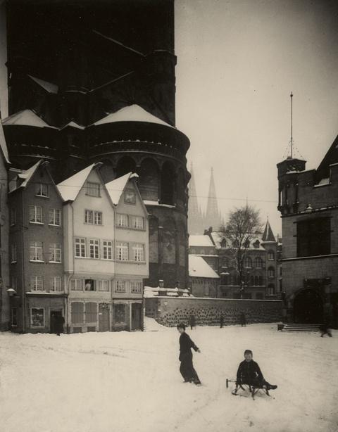 August Sander - Winter um St. Martin