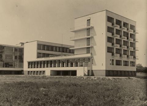 Anonymous - Bauhaus Dessau, Architect Walter Gropius