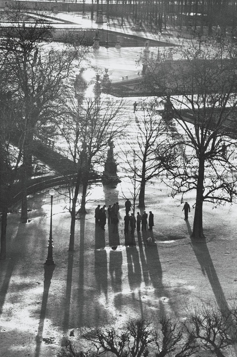 Henri Cartier-Bresson - Jardin des Tuileries, Paris