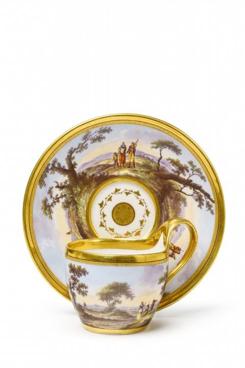 Tasse und Untertasse mit italienischen Panoramen -
