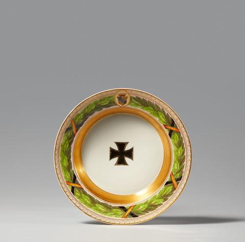 Seltener Suppenteller aus dem Tafelservice für Graf Yorck von Wartenburg -