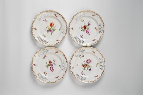 Vier Dessertteller aus dem Service für das Berliner Stadtschloss -