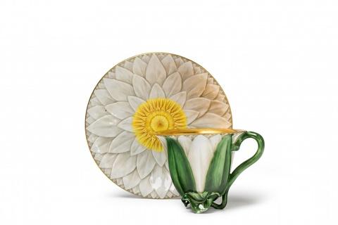 Tasse in Form einer Lotosblüte -